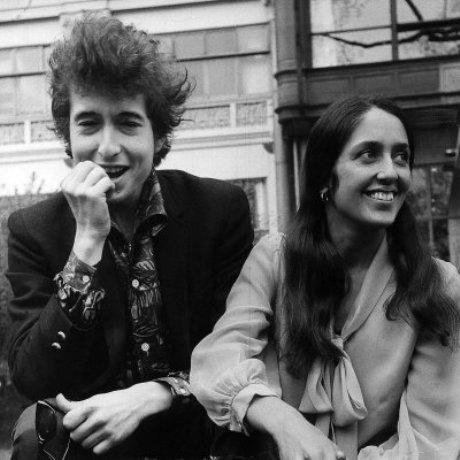 Joan Baez met Bob Dylan